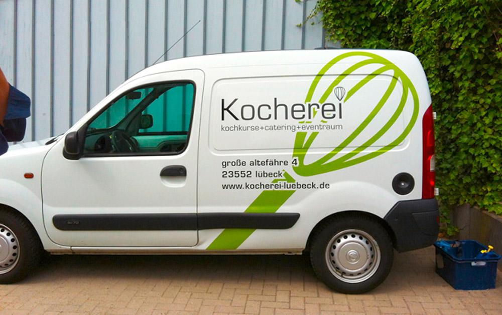 Design Fahrzeugbeschriftung kocherei Lübeck